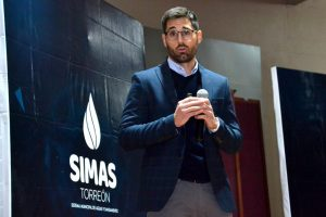 GRS' Quality projects manager, Miquel Sirera, attending SIMAS talking about renewable energy at Torreon (Mexico)